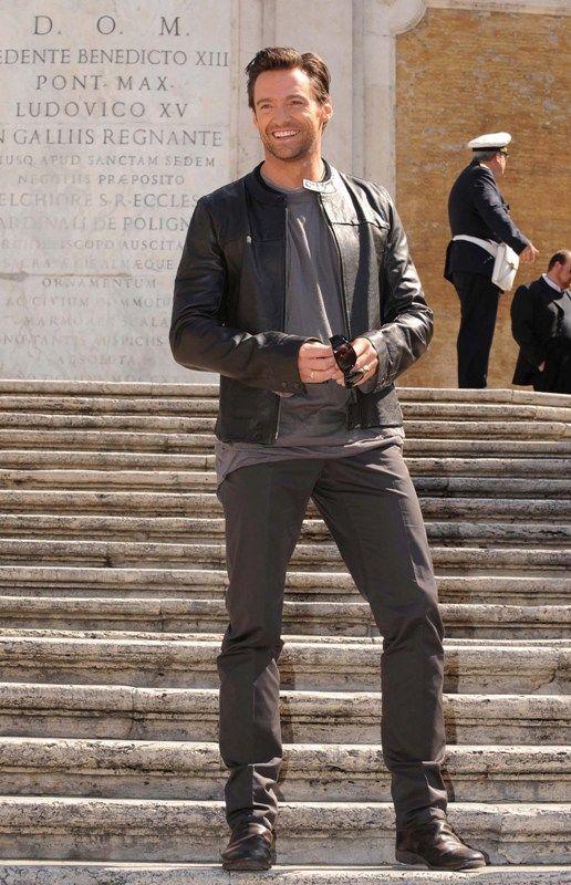 Hugh Jackman So tall... And So Freaking !!!!Tall!!!!!