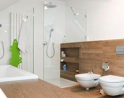 kuchnia + łazienka w Ochojnie - konkurs - Duża łazienka na poddaszu jako salon kąpielowy jako domowe spa, styl skandynawski - zdjęcie od PERA studio