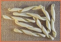 A great organic and natural dried and handmade strozzapreti from Centoni,