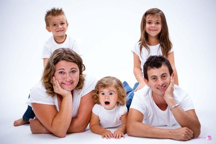 Besoin d'une #mutuelle santé #famille ? Découvrez la présélection de « Mutuelles-Comparateur .fr » http://www.mutuelles-comparateur.fr/mutuelles-par-thematiques/mutuelle-famille