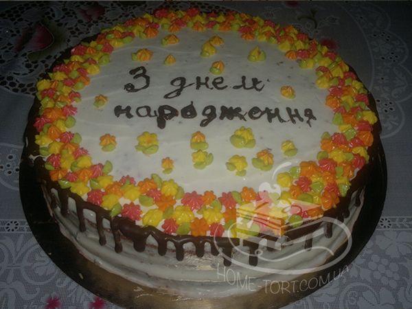 Домашний торт Черный Лес (Schwarzwälder Kirschtorte) - упрощенная версия. В ассортименте нет, но если закажете, сделаю )