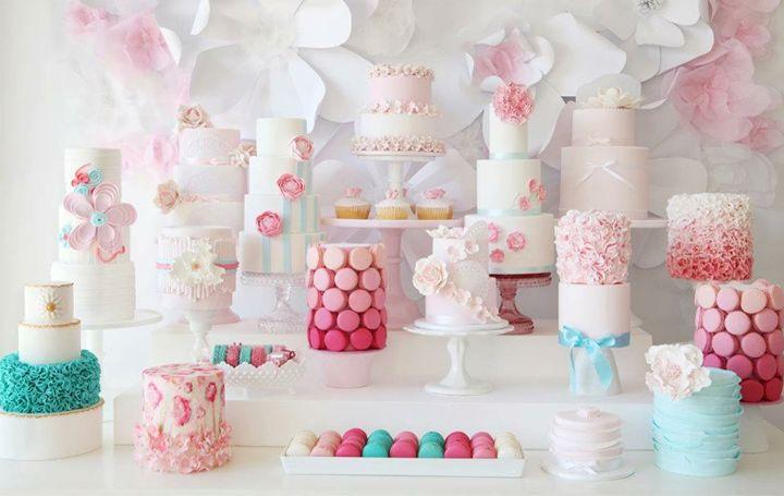 Lovely cake table!