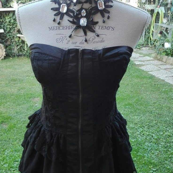 Halloween dark chic punk chic vintage nero CORSETTO