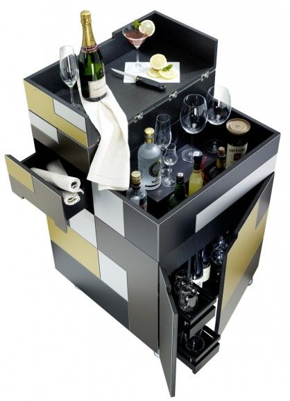 der nomad barcube ist aus der nomad kitchen cube serie. Black Bedroom Furniture Sets. Home Design Ideas