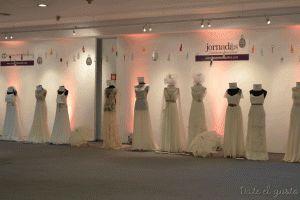 Jornadas Casamientos Online 2013 Deco colgante de botellitas de colores  Para presupuestos consultar a dateelgustoeventos@gmail.com