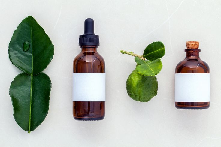 5 лучших эфирных масел для здоровой, сияющей кожи  Источник: http://organicwoman.ru/5-luchshikh-yefirnykh-masel-dlya-zdorovoy-siya/ © organicwoman.ru