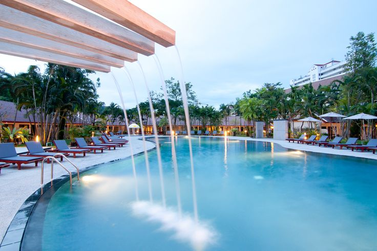 A beautiful Garden Pool at Deevana Patong Resort And Spa. See more informations http://www.deevanahotels.com/deevanapatong/ @DeevanaPatongResortAndSpa #DeevanaPatongResortAndSpa #deevanahotels #Devana