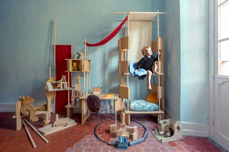 Play Yet! Amazing, adaptable design for children's rooms.