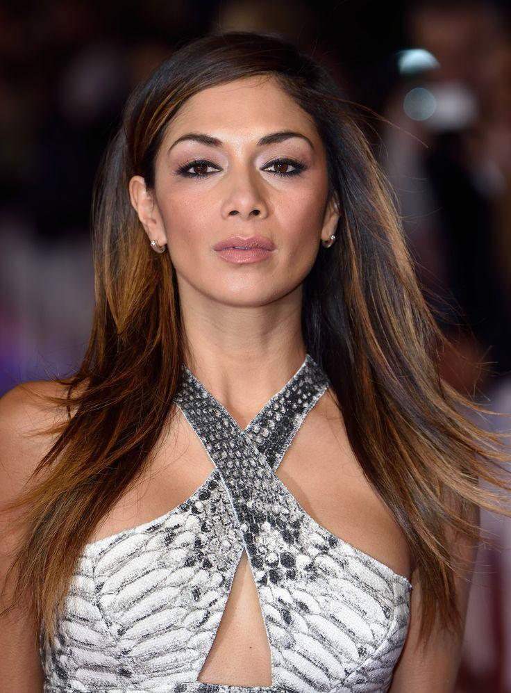Colore capelli: il castano morbido e sfumato di Nicole Scherzinger. #haircolor #brunette #brownhair #hairstyle #longhair