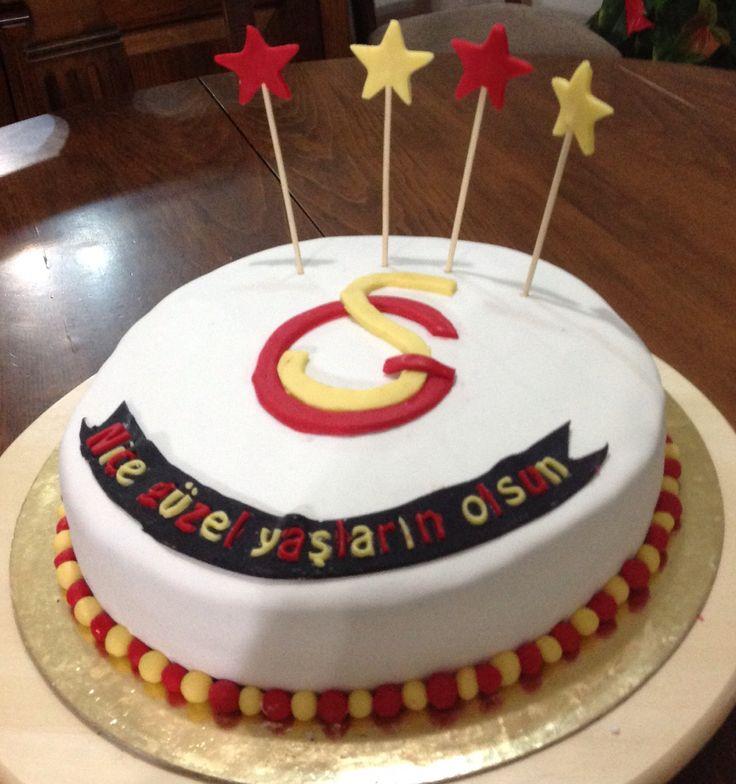Doğum günü pastası..