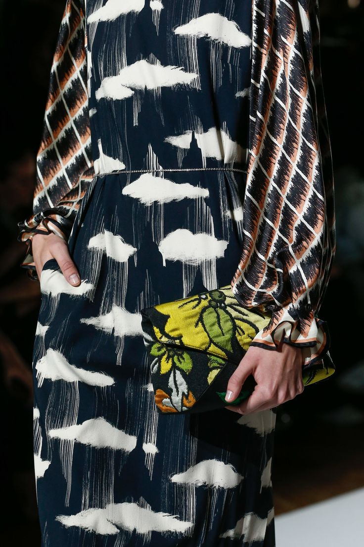 Dries Van Noten Spring 2018 Ready-to-Wear Accessories Photos - Vogue