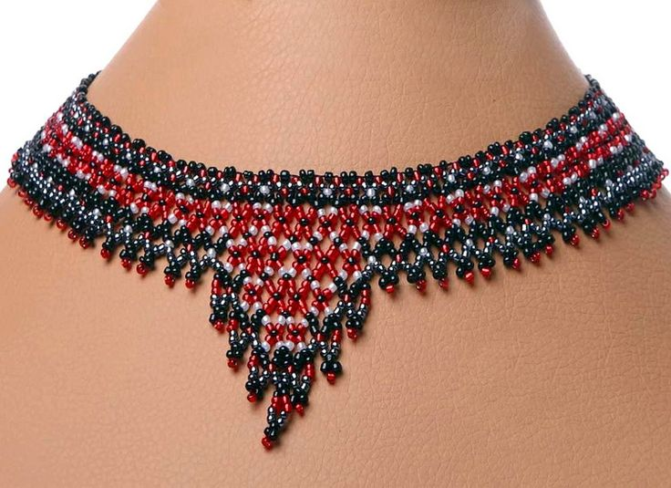 Free pattern for necklace Scotland