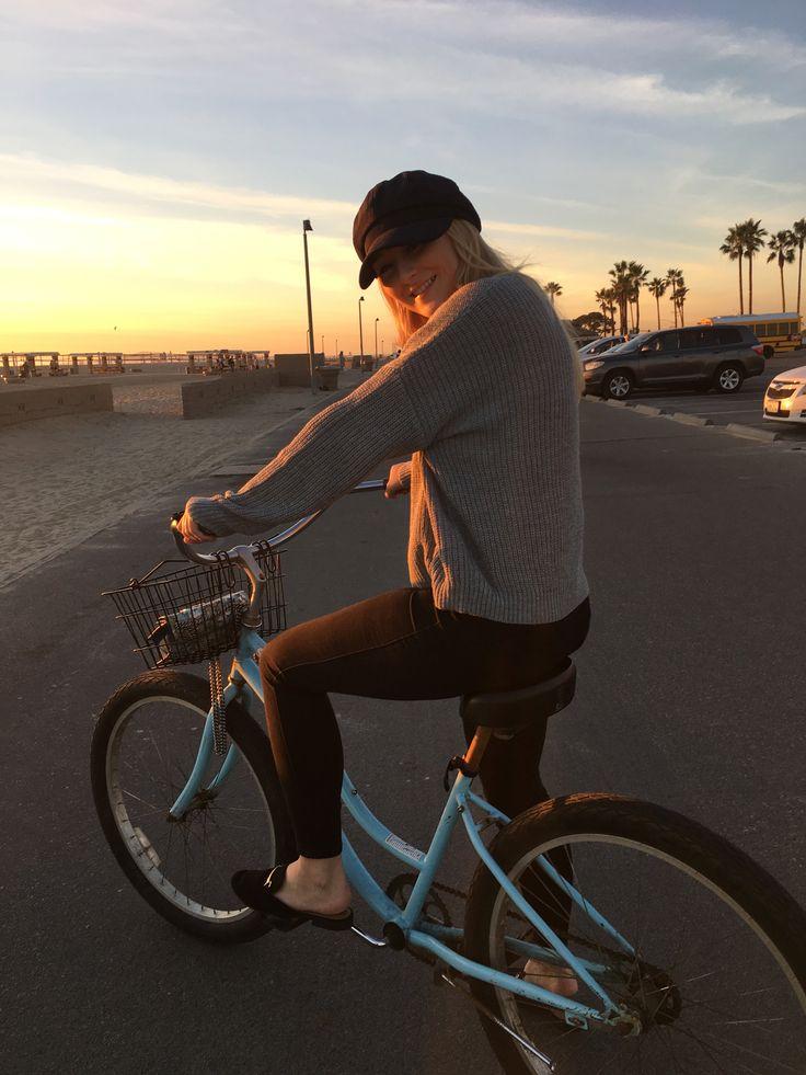 Bikeride in the sunset at Huntington