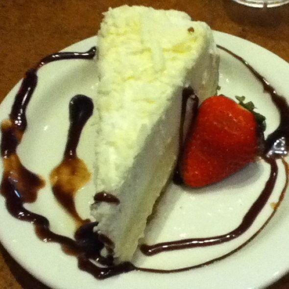 TGI Friday's Restaurant Copycat Recipes: Vanilla Bean Cheesecake This website has so many copycat recipes from a ton of websites!!