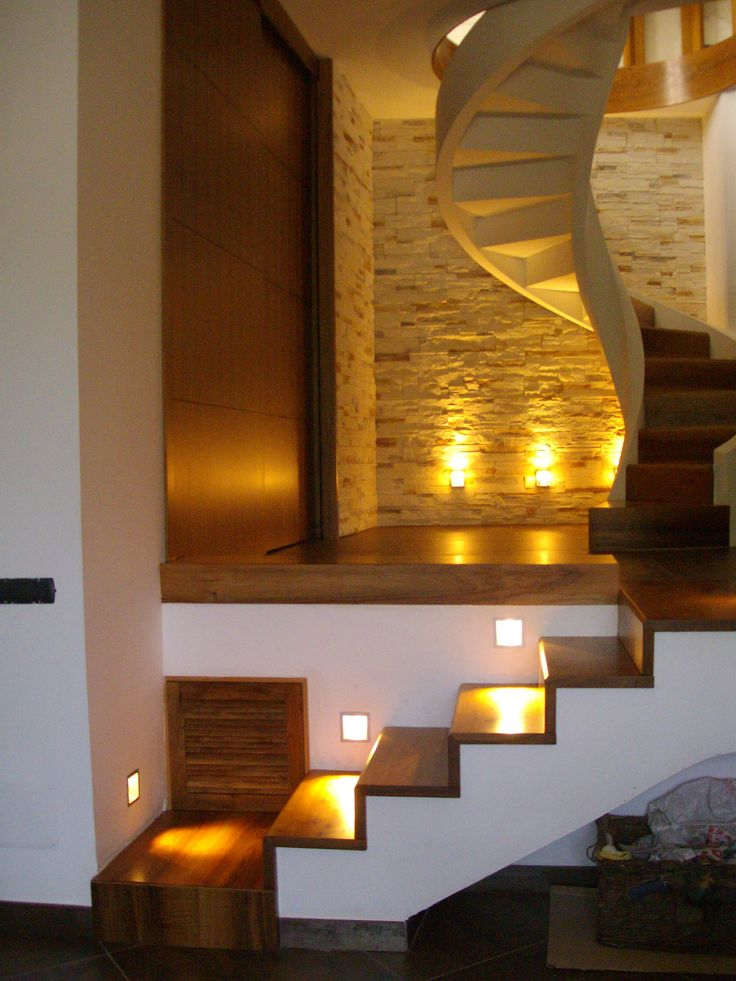 17 migliori idee su scale in pietra su pinterest scale for Disegni frontali in pietra
