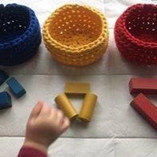 3 koszyki pomocne przy nauce kolorów #montessori#handmade #homedecor #interiordesign #interior#rękodzieło #ręcznarobota #crochet#crocheting #crochetlove #szydełkiem#ilovemywork #madewithlove ##kosz #basket #knitting #interiordecor #homedecor#homedecorations #grey #scandinaviandesign #scandi