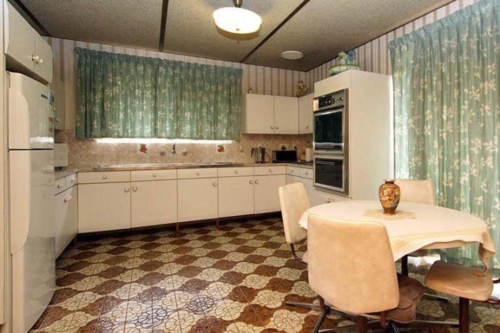 60's home, mid century modern, retro tiles