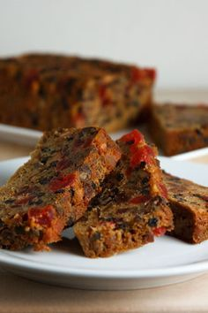 Christmas Fruit Cake - OK so people make jokes about fruitcake but for those who like it here is a good recipe! ♥