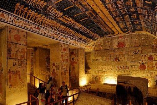 El valle de los reyes, Luxor http://www.espanol.maydoumtravel.com/El-Cairo-y-Tour-en-Luxor/4/2/143