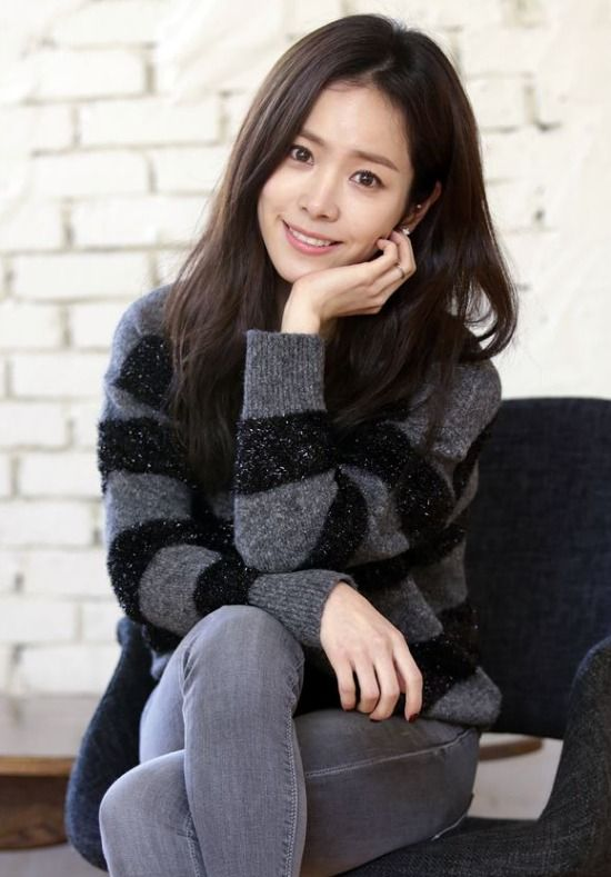 Han Ji-min up for potential drama reunion with Uhm Tae-woong » Dramabeans » Deconstructing korean dramas and kpop culture