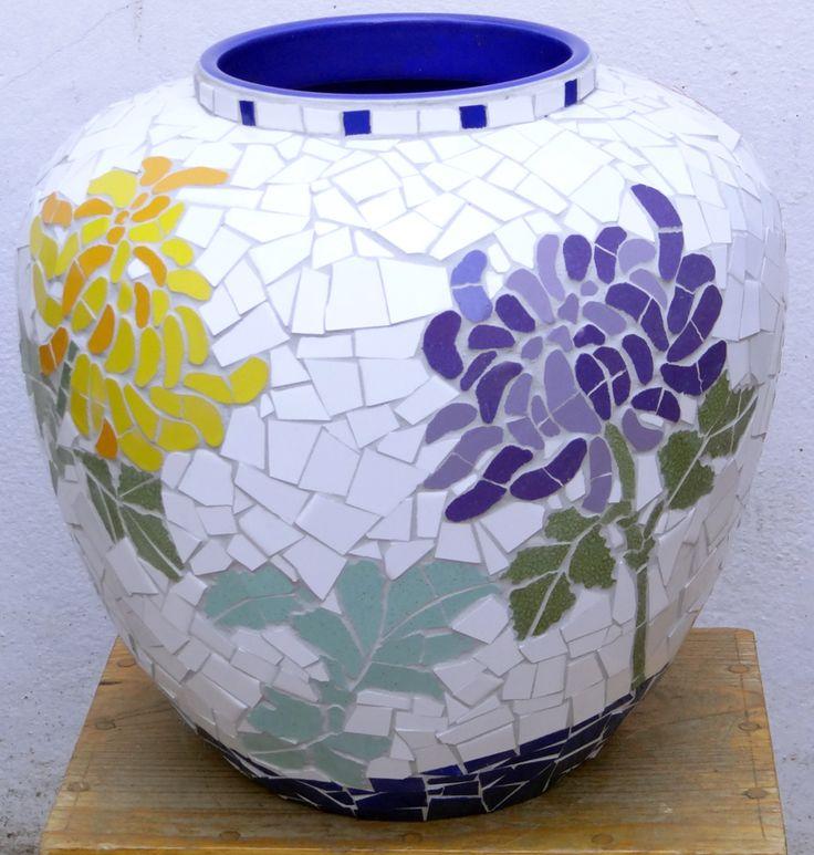 Ceramic chrysanthemum  mosaic pot