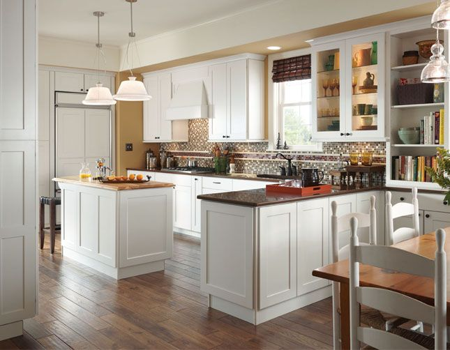 Best American Woodmark Reading Kitchen Furniture Design 640 x 480