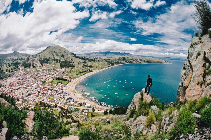 Copacabana, Bolivia. El principal pueblo en la costa del Lago Titicaca. Hay la Virgen de Copacabana.