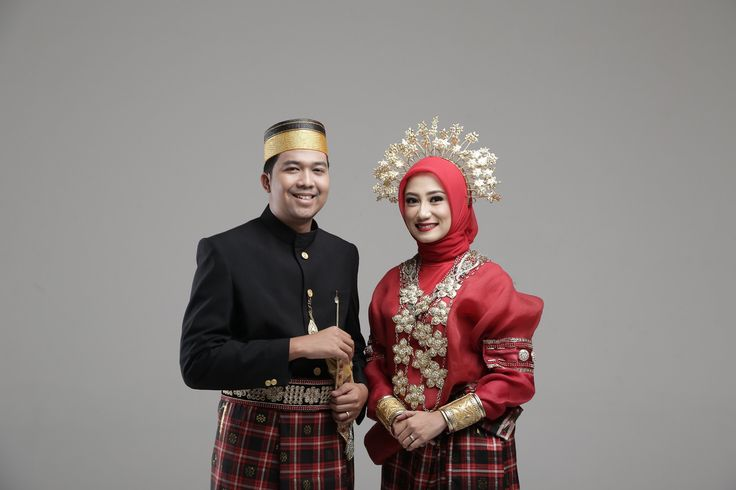 #prewed #traditional #fashion #bugis #makassar #indoor #studio #prewedding