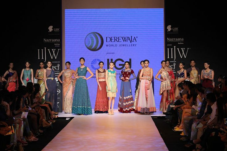 IIJW 2014 Day 3: MAGIC ON THE RAMP AND OPENED DAY THREE WITH THE STUNNING COLLECTIONS......For more visit: http://www.bollyvision.in/