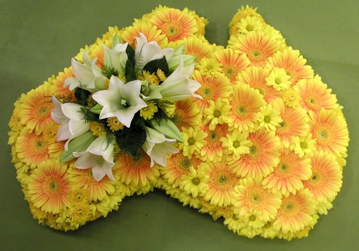 Australian Tribute - Yellow Gerbera's and Christmas Lilies