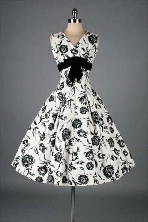 1950's Elinor Gay Black White Cotton Floral Dress