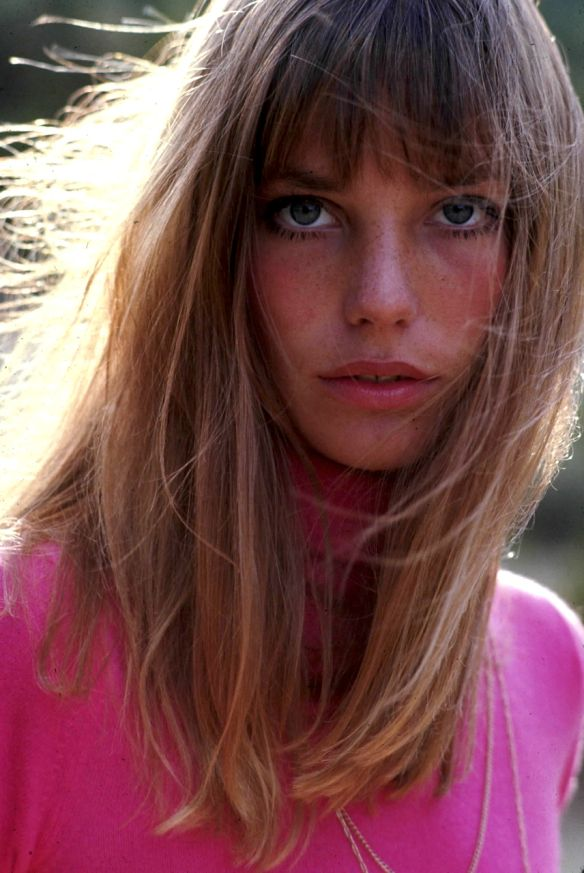 Jane Mallory Birkin,(born 14 December 1946)is anEnglish-born actress and singer who rose to fame during the late 1960's, with help from former husband singer song-writer Serge Gainsbourg. …