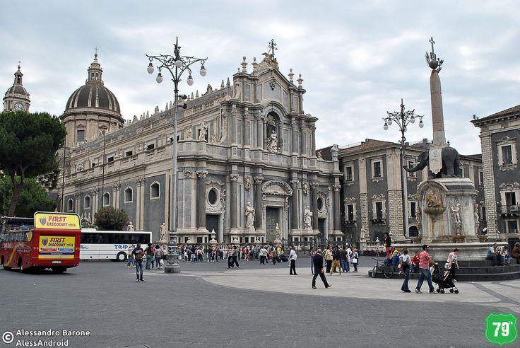 Piazza Duomo #Catania #Sicilia #Italia #Italy #Viaggio #Viaggiare #Travel #AlwaysOnTheRoad