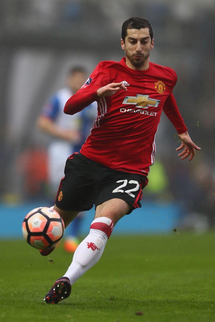 Jose Mourinho's Henrikh Mkhitaryan update - Official Manchester United Website