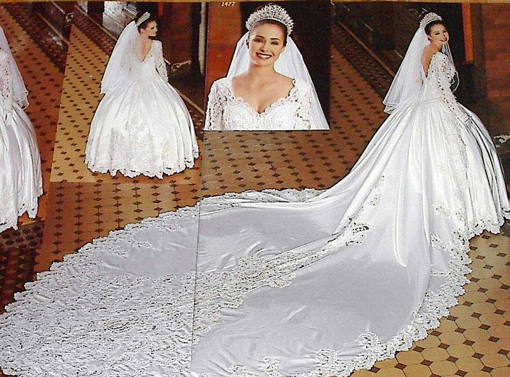 Lovely Wedding gown Cathedral Ready