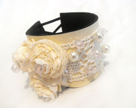 Leather and lace cuff bracelet. Vintage chic inspired leather bracelet    Colors: ivory, white    Materials: leather,vintage cotton lace, glass bead