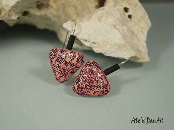 Polymer clay earrings triangles earrings salmon pink by AlenDarArt