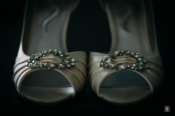 Bridal Shoes | Bridal Accessories | Bridal Accessories Ideas| Maryland Wedding | Maryland University Wedding | Wedding Photographer | Wedding Photography   www.potoksworldphotos.com