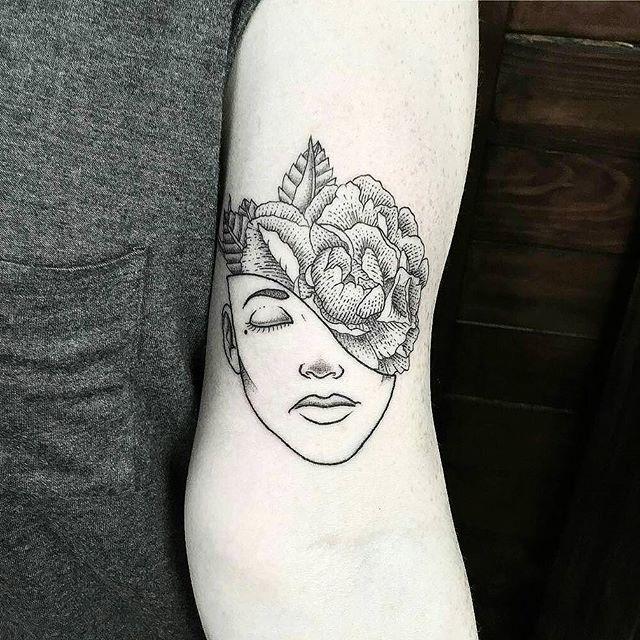 \\smick_tattooer