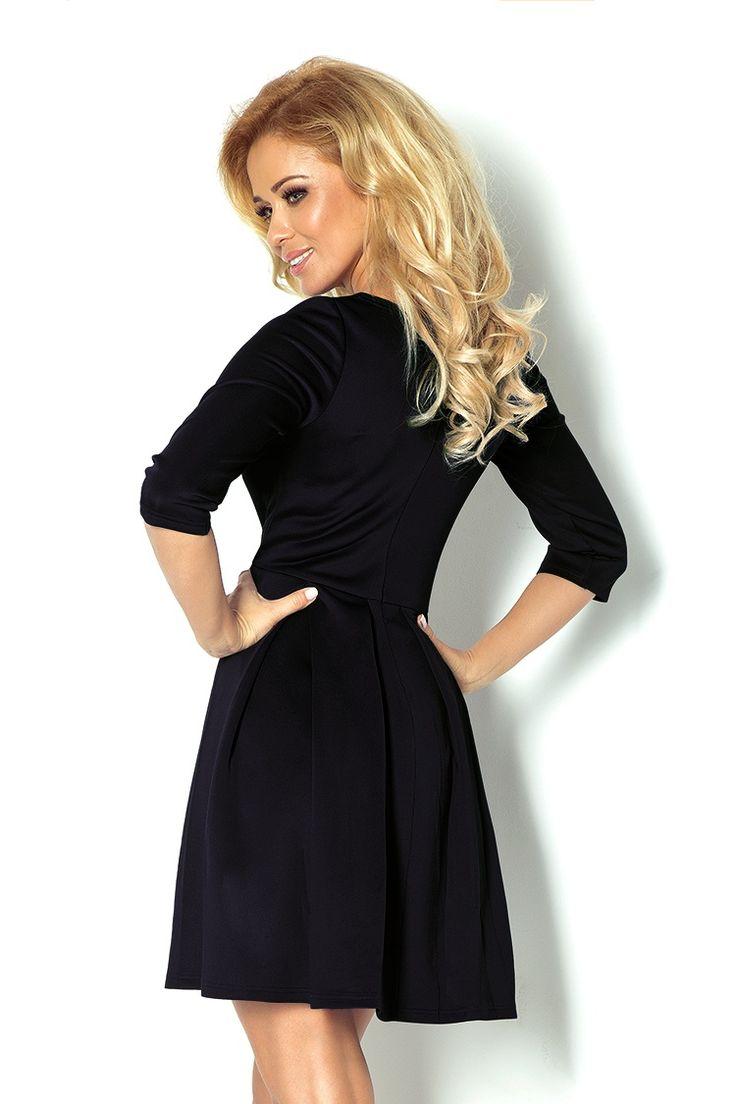 Śliczna sukienka z kontrafałdami. Bardzo kobieca i subtelna. Idealna na wieczorne wyjście i nie tylko. #modadamska #moda #sukienkikoktajlowe #sukienkiletnie #sukienka #suknia #sukienkiwieczorowe #sukienkinawesele #allettante.pl