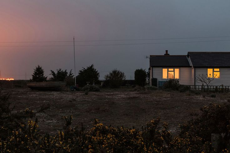 Dungeness by night