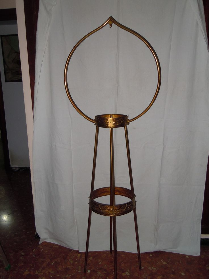 Brass support for bird cage, from the late 19th century-early 20th century.