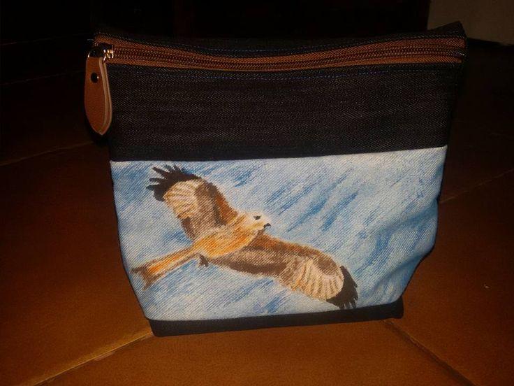 Estuche pintado a mano y realizado con telas y cremallera reutilizadas mis bolsos monederos o - Bolsos de tela hechos en casa ...