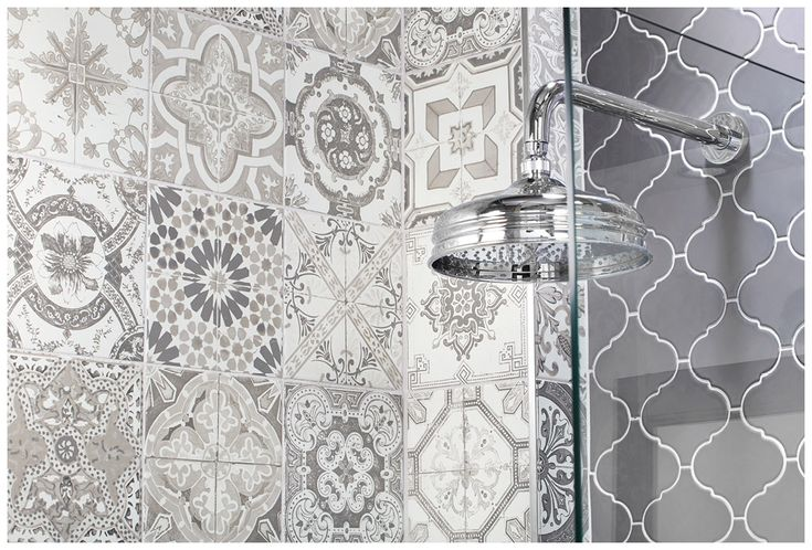 Vintage greys patterned #tiles are used for the floor and feature wall