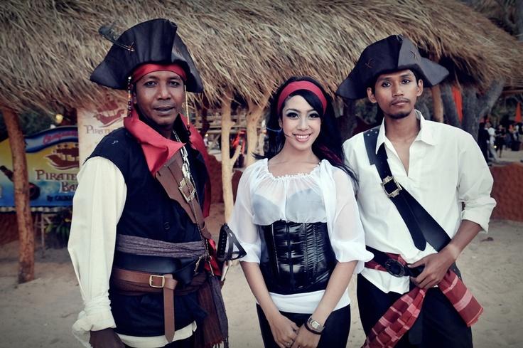 Pirates Bay . Nusa Dua-Bali I Caldera Dewata