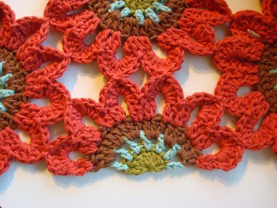 Crochet Flowers Lots Of Fabulous Free Patterns   The WHOot