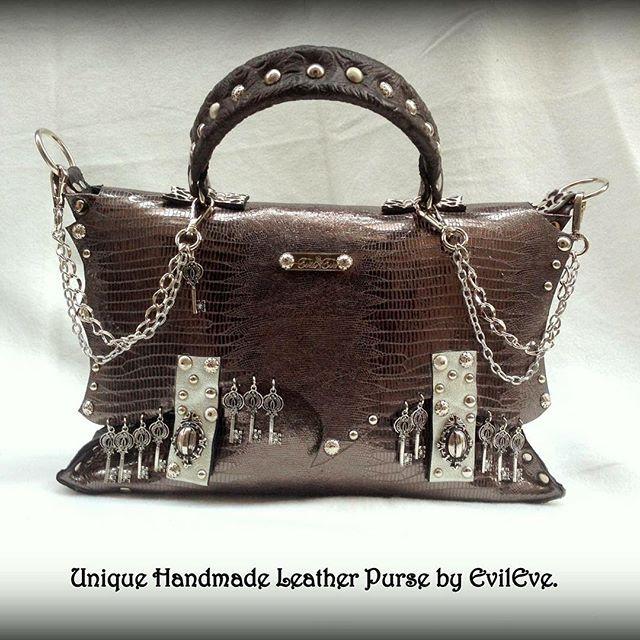 #unique #handmade #leather #purse #by #evileve #for #sale #boutique #evilevedesign #ljubljana #zidovska3 #zidovskaulica #igslovenia #forsale #beautiful #fashion #fashionista #order info@evileve.si