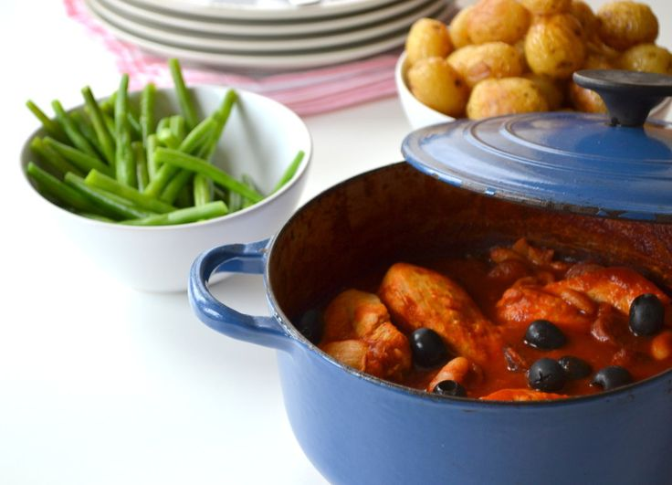 Chicken & Chorizo Stew – A Spanish-inspired casserole that is perfect for a dinner party on the run. Get the full recipe here http://www.ilovecooking.ie/recipe/chicken-chorizo-stew/