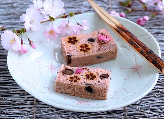 Sakura Ukishima - 2 Layered Steamed Cake Made From Smooth Sweet Bean Paste