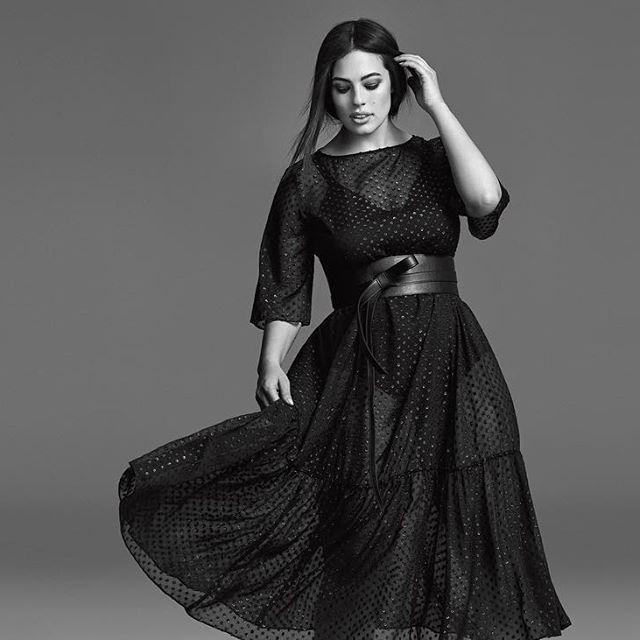 Ashley Graham Posted on AioInstagram #AshleyGraham TGIF! Dress by@marina.rinaldi